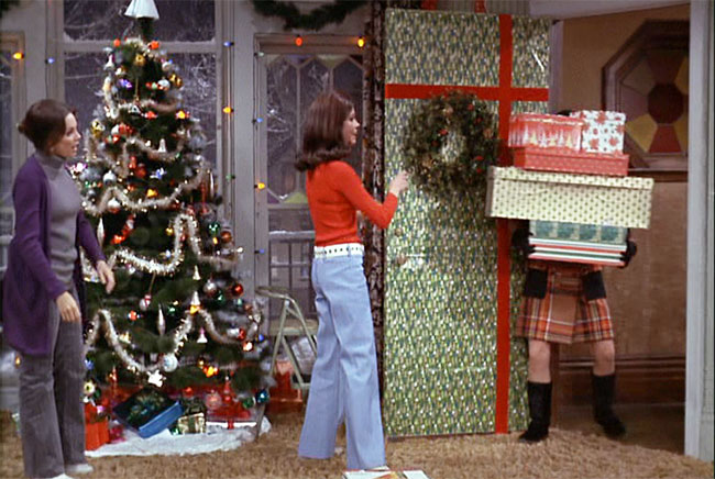 Mary Tyler Moore's wrapped door